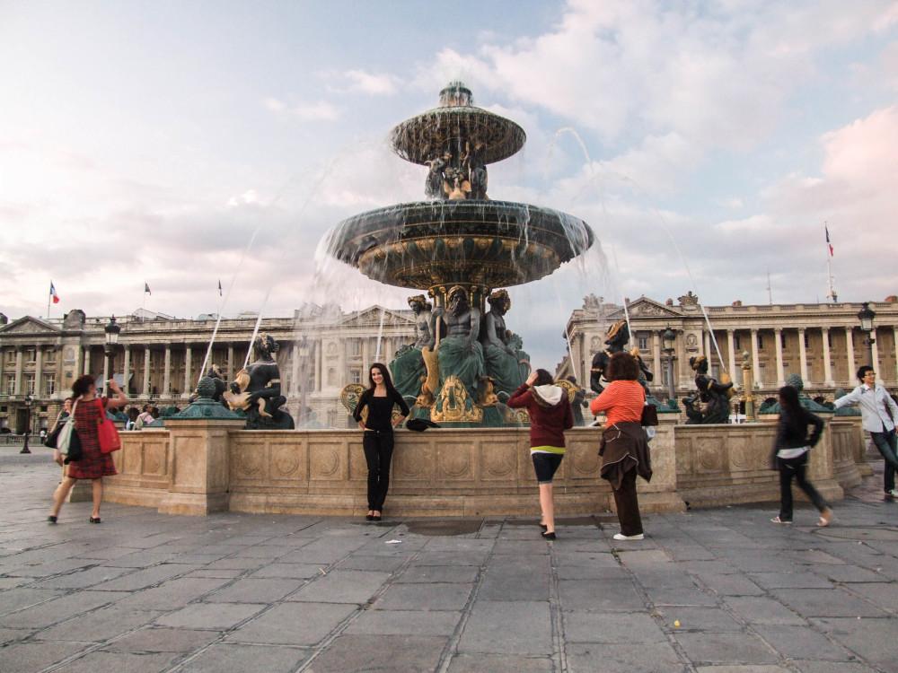 kasia kowalczyk z twins on tour concorde france paris