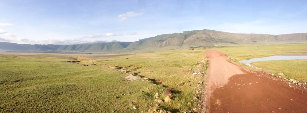 landscape twins on tour ngorongoro