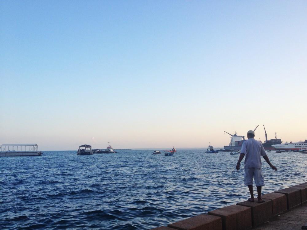 zanzibar tanzania twins on tour sea