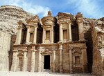 Jordania twins on tour petra