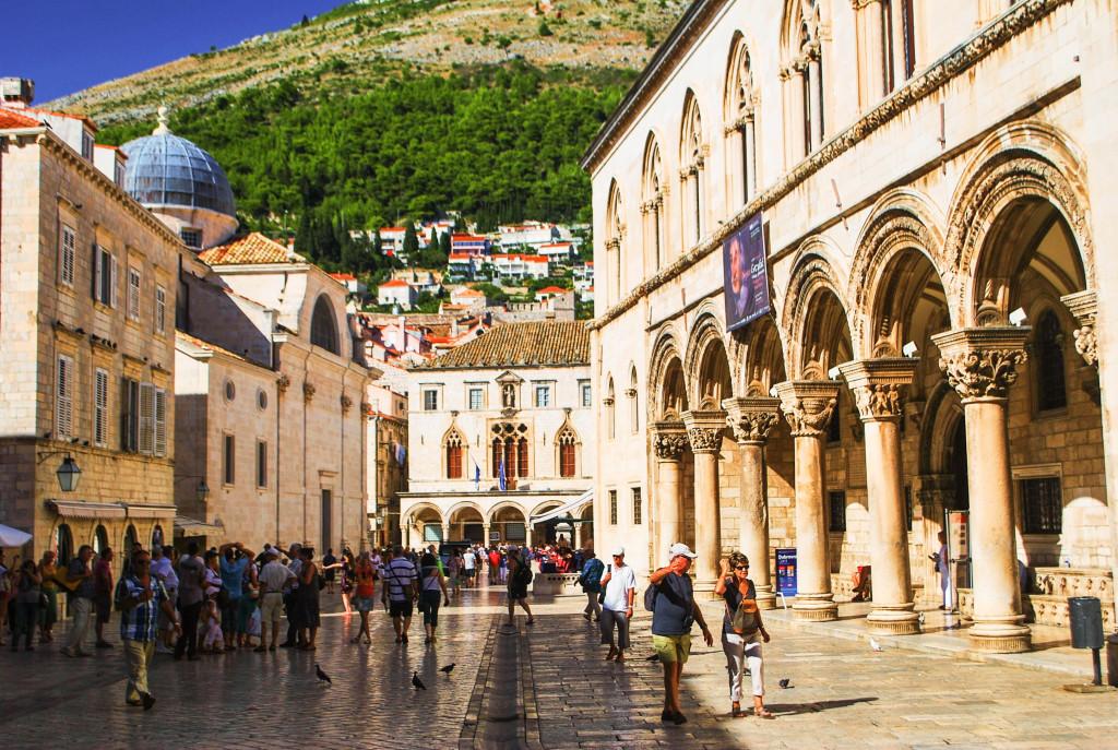 balcans twins on tour dubrovnic croatia