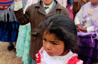 children peru twins on tour