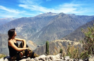 karolina kowalczyk twins on tour peru colca canion