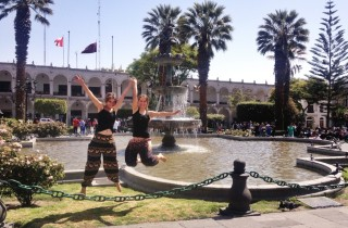 kasia i karolina kowalczyk twins on tour peru arequpa