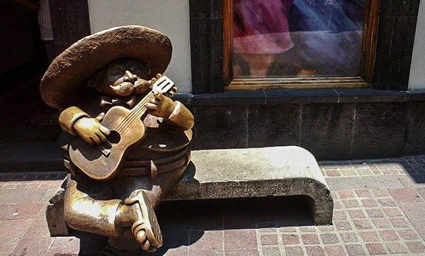 mexico twins on tour  (15)-2