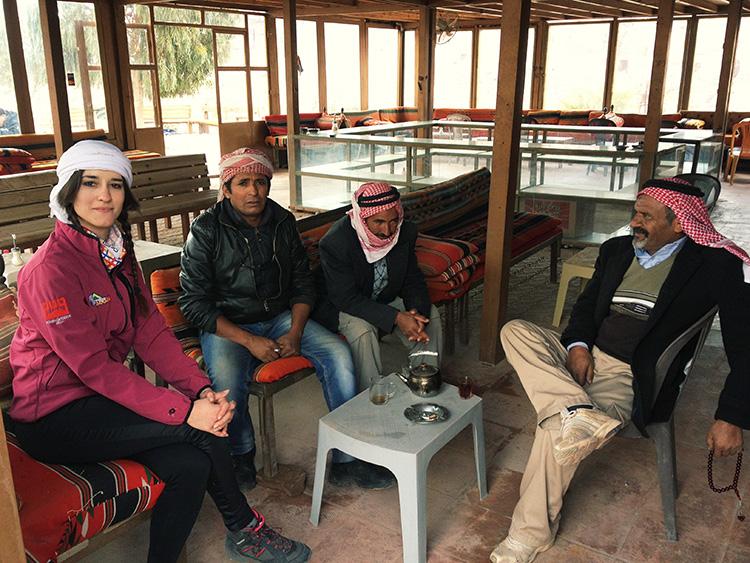 twins on tour kasia bedouin twins on tour jordania