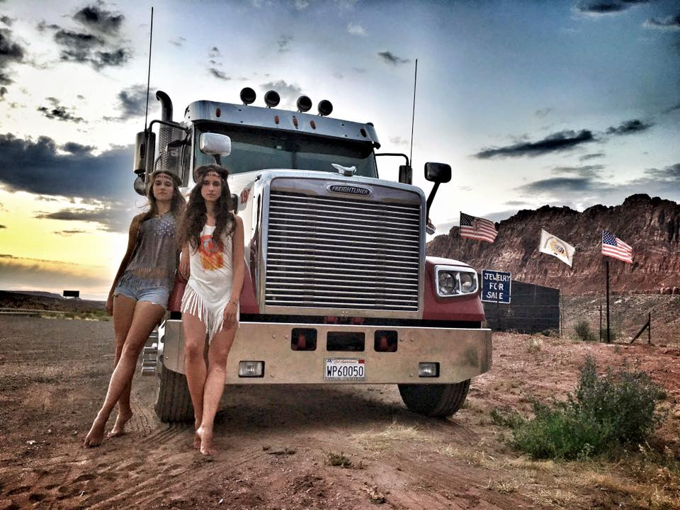 route 66 usa twins on tour travel