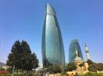 flame towers azerbejdzan twins ontour podroz