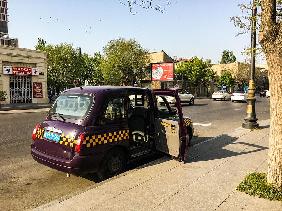 taxi baku azerbejdzan twins on tour podroz