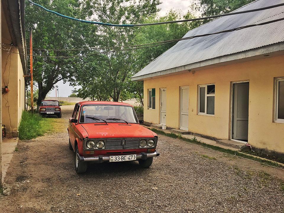 twins on tour blog podroz lada azerbejdzan