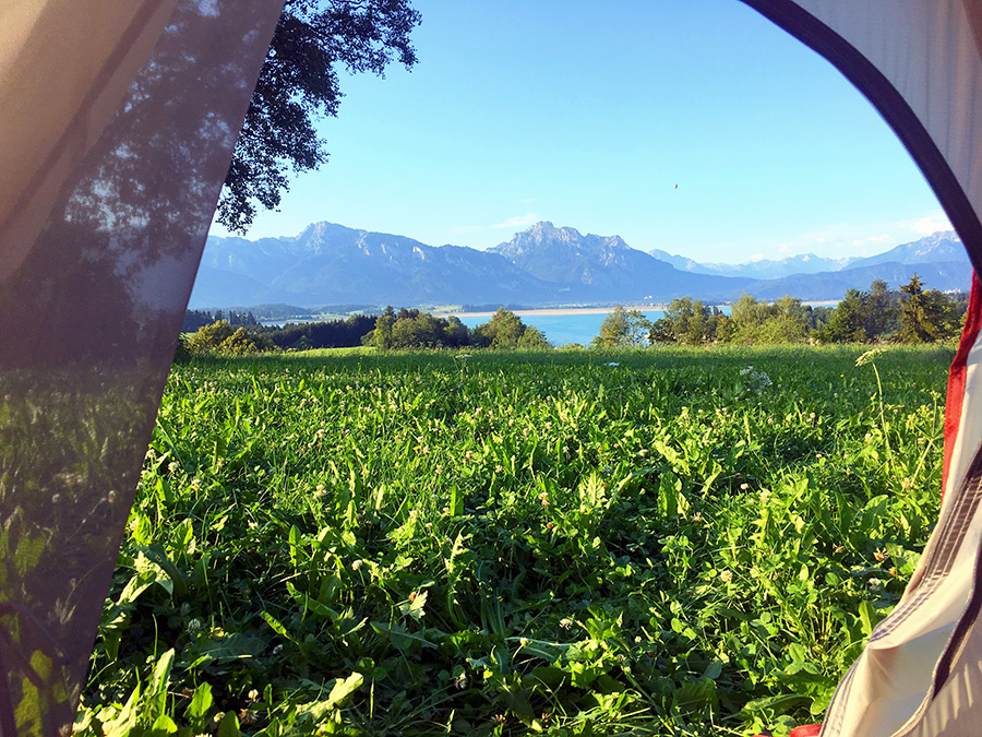 alpy twins-on-tour tent mountains